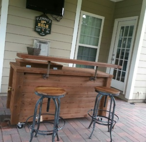 outdoor-industrial-bar