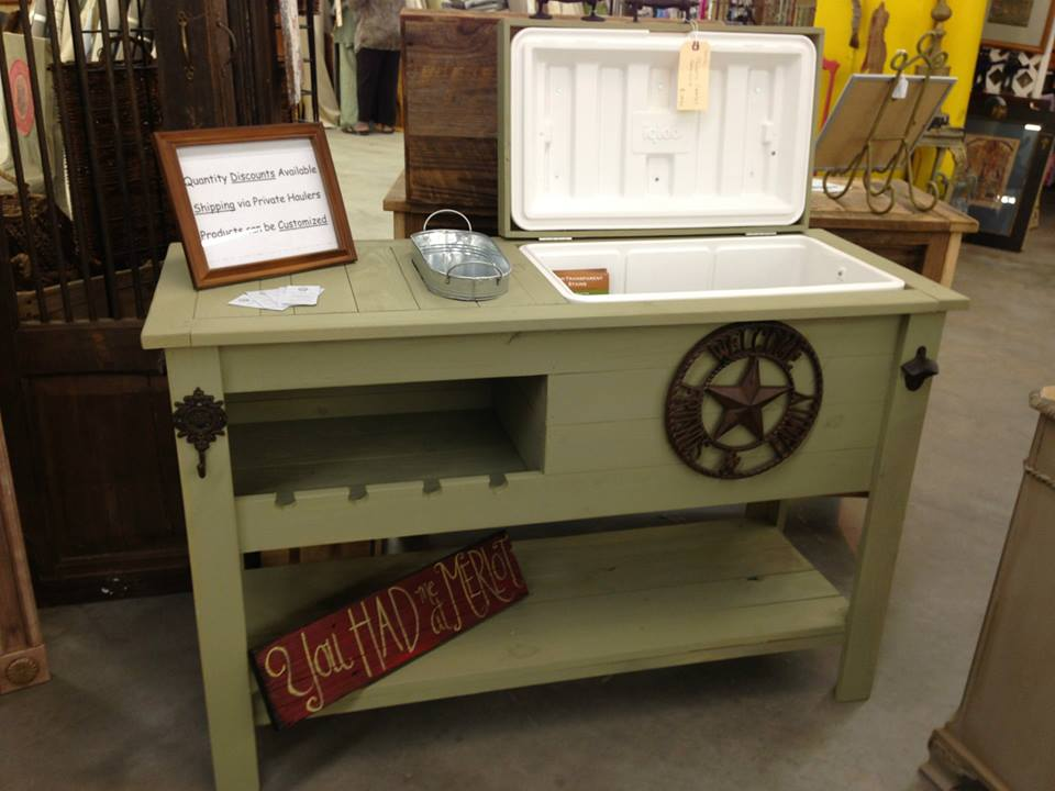 Green Cooler Table With Wine Rack And Custom Logo Rustic