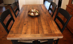 rustic-farmhouse-table-chairs